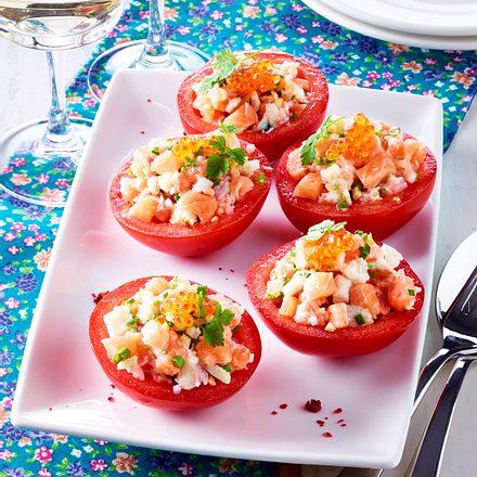 Mit Forellentartar gefüllte Tomaten Rezept