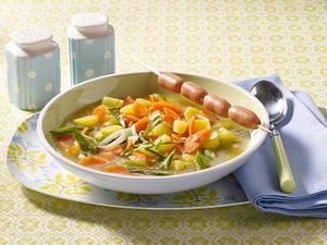 Möhren-Kartoffel-Eintopf mit Wiener Würstchen Rezept