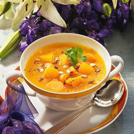 Möhren-Kürbis-Suppe Rezept