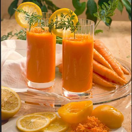 Möhren-Pfirsich-Drink Rezept