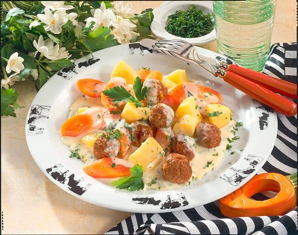 Möhren-Ragout mit Klößchen Rezept