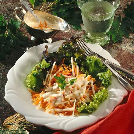 Möhren-Selleriesalat mit Orangencreme Rezept