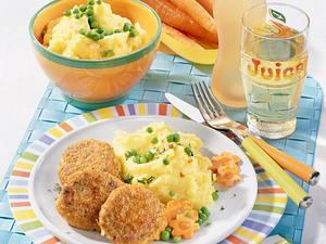 Möhrenfrikadellen zu Erbsen-Gemüse und Stampfkartoffeln Rezept