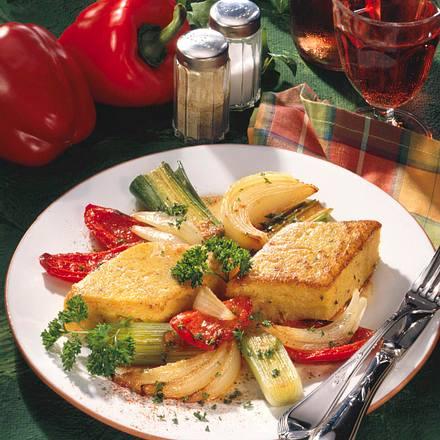 Möhrenpolenta mit Gemüse Rezept