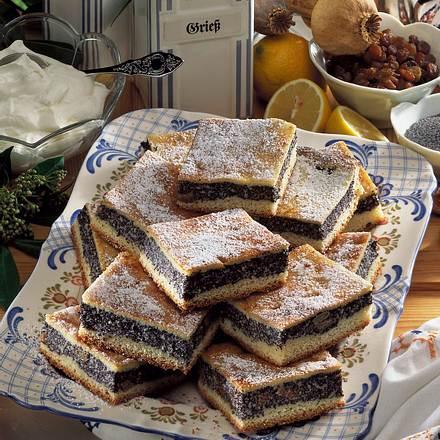 Mohn-Grieß-Kuchen vom Blech Rezept