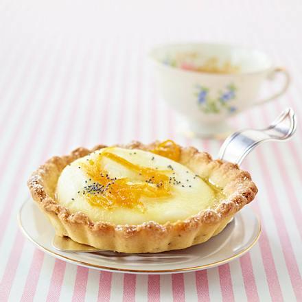 Mohn-Tarteletts mit Frischkäse-Orangen-Füllung Rezept