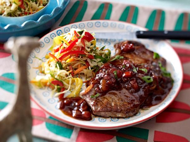 Monkey gland steak mit chakalaka krautsalat rezept for Leckere schnellgerichte