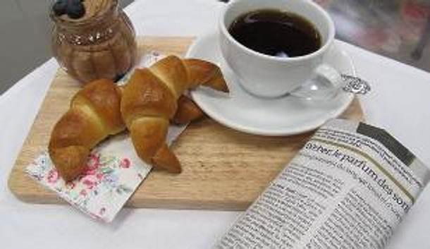 Mousse au Chocolat-Croissants (Enie backt) Rezept