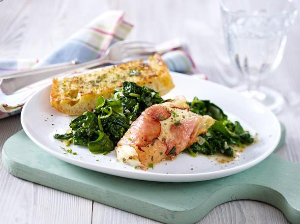 Mozzarella-Päckchen auf Spinat zu Kräuter-Ciabatta Rezept