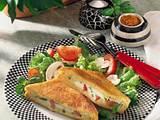 Mozzarella-Toast gefüllt mit Tomaten, Mozzarella und Champignons Rezept