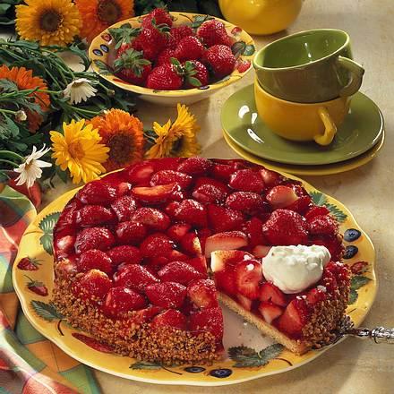 schnelle kuchen mit erdbeeren fanta kuchen mit erdbeeren evasbackparty rosen kuchen mit quark. Black Bedroom Furniture Sets. Home Design Ideas