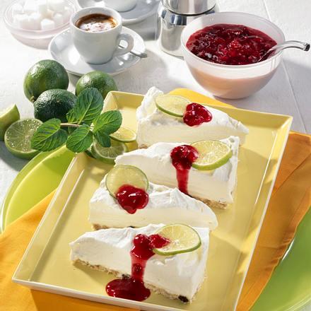 Müsli-Torte mit Roter Grütze Rezept