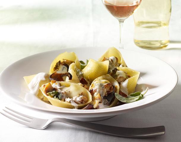 Muschelnudeln mit Pilz-Ricotta-Füllung Rezept