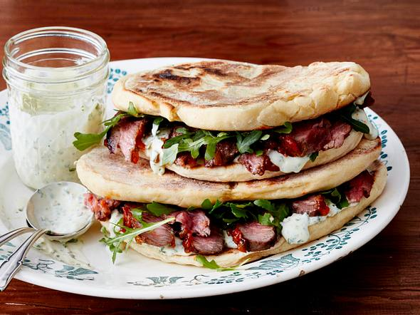 Naan-Brot-Sandwich Rezept