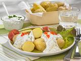 Neue Kartoffeln mit Kräuterquark und Schinken Rezept
