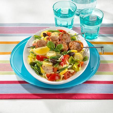 Nizza-Salat mit Filet-Spießen Rezept