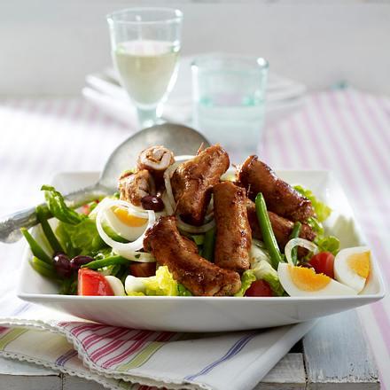 Nizza-Salat mit Minutensteak-Röllchen Rezept