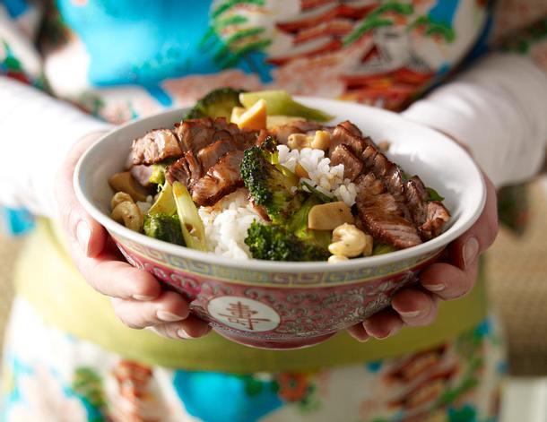 Nordkorea-Reis mit Steak & Brokkoli Rezept
