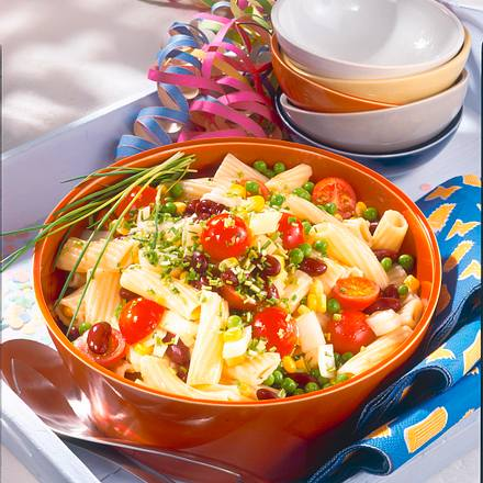 Nudel-Konfetti-Salat Rezept