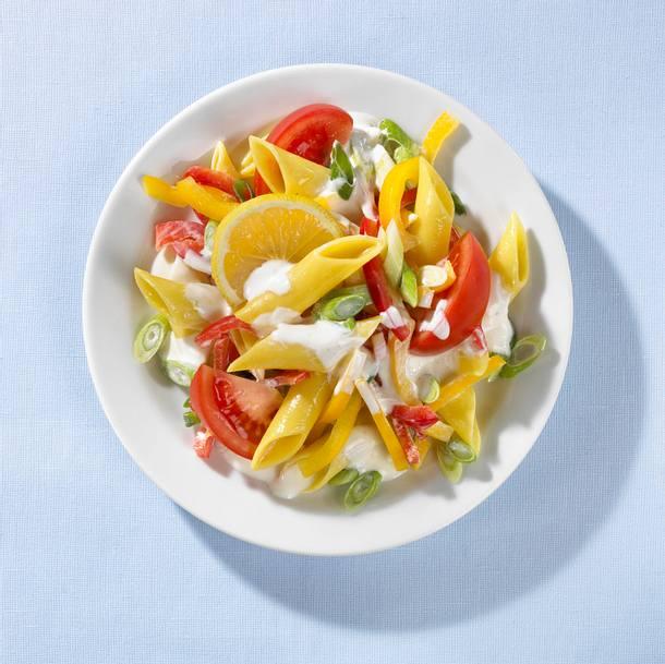 Nudel-Paprika-Salat Rezept