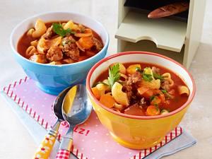 Nudel-Tomaten-Topf mit Mett Rezept