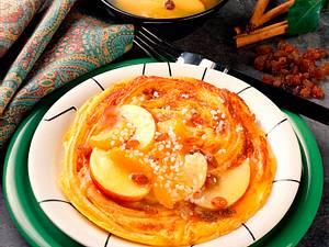 Nudelomelett mit Aprikosen-Apfel-Kompott Rezept
