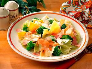 Nudelsalat mit Broccoli Rezept