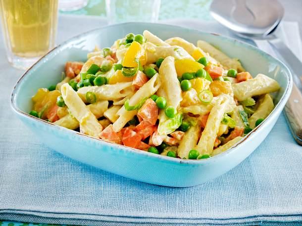 Nudelsalat mit Currymarinade Rezept