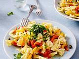 Nudelsalat mit gegrillter Paprika Rezept