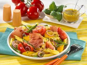 Nudelsalat mit Parmaschinken Rezept