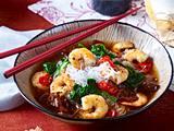Nudelsuppe mit Garnelen und Mu-Err-Pilzen Rezept