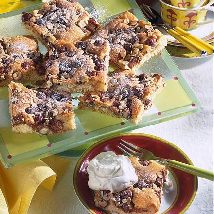 Nuss-Nougat-Blechkuchen Rezept