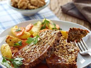 Nuss-Pilz-Braten mit brauner Veggie-Soße Rezept