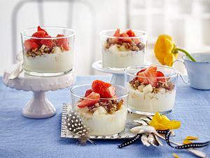 Nussmüsli mit Joghurt und Birnen-Himbeeren-Mix Rezept