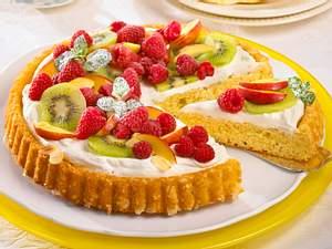 Obstkuchen mit Quarksahne Rezept