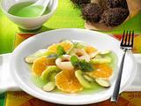 Obstsalat mit grüner Soße Rezept
