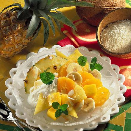 Obstsalat mit Joghurtsoße Rezept