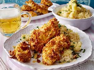 Ofen-Hähnchenschnitzel mit Pankopanade und Rahmkraut-Kartoffelpüree Rezept