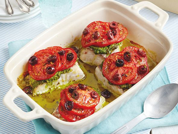 Ofen-Seelachs mit Oliven-Tomaten-Haube Rezept