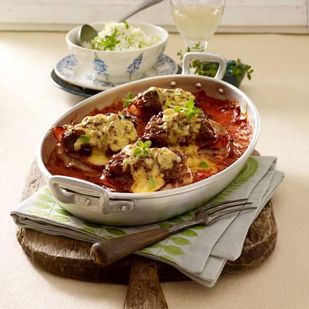 Ofen-Steaks mit Metthaube in Tomatensoße Rezept