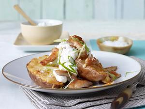 Ofen-Süßkartoffel mit Putenstreifen Rezept