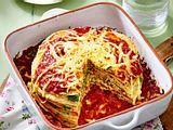 Ofenfertig im Nu: Pfannkuchen-Spinat-Lasagne Rezept
