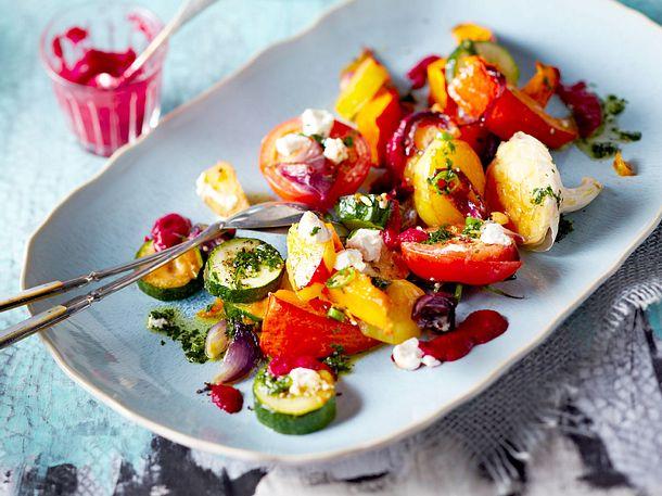 Ofengemüse mit Rote-Bete-Soße und grünem Chiliöl Rezept