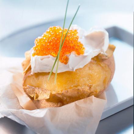Ofenkartoffel mit Kavierschmand Rezept