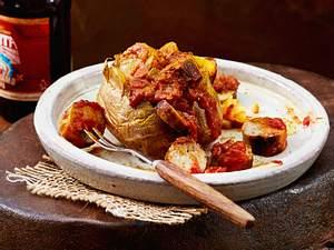 Ofenkartoffel Sansibar-Style mit Currywurst Rezept