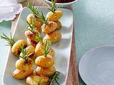 Ofenkartoffeln mit zweierlei Soßen Rezept