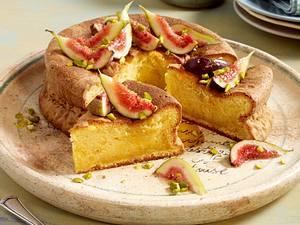 Olivenölkuchen mit Feigen in Sirup Rezept