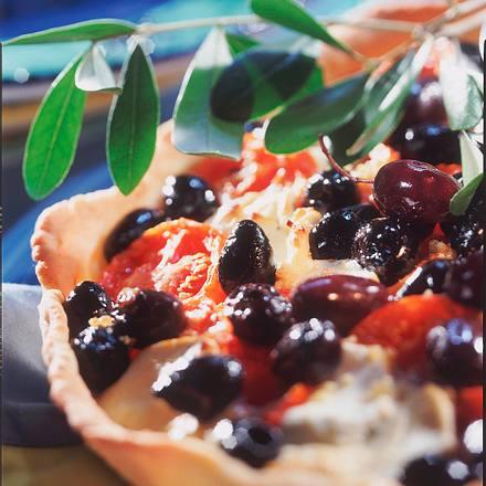 Oliventarte mit Tomaten und Ziegenkäse Rezept