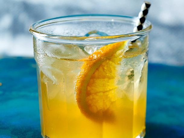 Orangen-Lillet mit Crémant Rezept