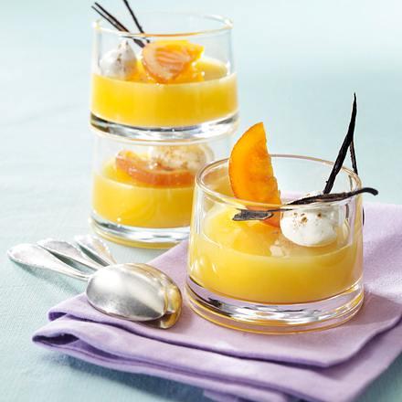 Orangen-Punsch-Gelee mit Vanilleschaum Rezept